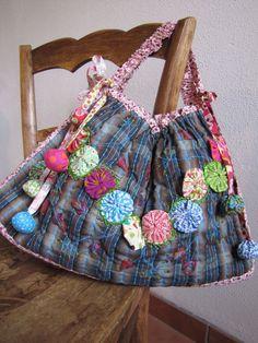 ~ Handbag w/ Yo-Yos ~