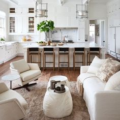 Outrageous Open Concept Kitchen Living Room Layout Tips - homeknicknack Home Decor Kitchen, Living Room Kitchen, Interior, Livingroom Layout, Home Decor, House Interior, Interior Design, Home And Living, Room Layout