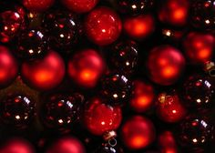 many red christmas balls background image