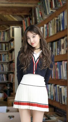Korean Beauty, Asian Beauty, Kpop Girls, Kpop Girl Groups, Jihyo Twice, Nayeon Twice, Im Nayeon, Beautiful Asian Girls, Ulzzang Girl