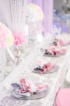 This Glamourous Pink And Silver Table Decor With Crystal Accents Is Both Beautiful Extravagant