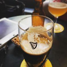 Drinking with the #spleen @bayardemeline #drinkdrankdrunk #drinks #drinkup #Drink #guinness #beer #houppe #irishpub #drunks #beertime #lifestyle #beer #instabeer #beerlovers