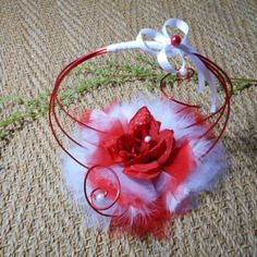 Porte alliances original -  rouge et blanc avec rose rouge