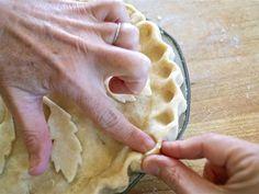 Basic Homemade Buttery Pie and Tart Crust: Buttery Pie & Tart Dough Buttery Pie Crust Recipe, Homemade Pie Crusts, Pie Crust Recipes, Cheese Pie Recipe, Cheese Pies, Strawberry Pop Tart, Tart Dough, Perfect Pie Crust, Food Processor Recipes