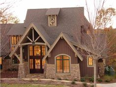 Craftsman House Plan with 5620 Square Feet and 4 Bedrooms(s) from Dream Home Source | House Plan Code DHSW53553