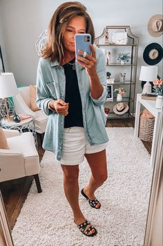 Summer Outfits Women Over 40, Spring Outfits, Cool Outfits, Casual Outfits, Fashion Outfits, 40s Fashion, Good Morning Ladies, She Is Clothed, Fashion Over 40
