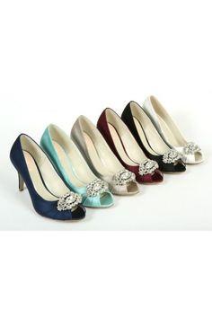 Chaussures de soirée escarpins satin et strass