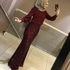 Our indispensable dress for your special days size range Height: 140 cm separate … Hijab Prom Dress, Hijab Evening Dress, Muslim Dress, Dress Outfits, Evening Dresses, Hijab Fashion, Fashion Dresses, Dress Pesta, Muslim Women Fashion
