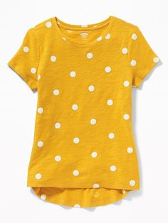 Old Navy Girls' Printed Slub-Knit Softest Tees Squash Polka Dots Regular Size XS Toddler Girl Gifts, Toddler Boy Fashion, Toddler Girl Style, Baby Girl Fashion, Kids Fashion, Bank Fashion, Maternity Shops, Polka Dot Shirt, Polka Dots
