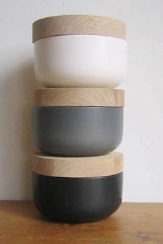 Ceramics : ceramic containers