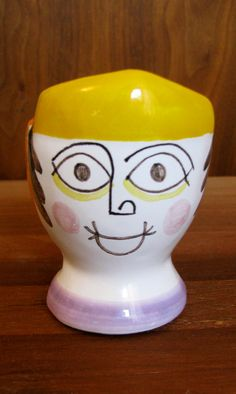 Egg cup with Picasso style face by Giovanni De Simone circa 1960s, Italy.