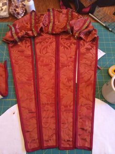 16th century italian renaissance gown, progress shot of the paned sleeves and baragoni.