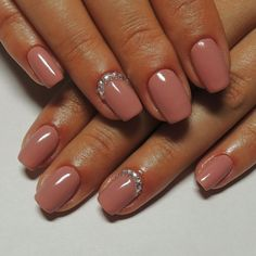 Accurate nails, Beige gel polish, Beige nails 2016, Beige nails with rhinestones, Dating nails, Elegant nails, Exquisite nails, Fall nails 2016