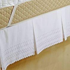 Resultado de imagem para saia para cama box Decoration, Pillow Cases, Quilts, Pillows, Sewing, Bed Skirts, Furniture, Bedrooms, Home Decor