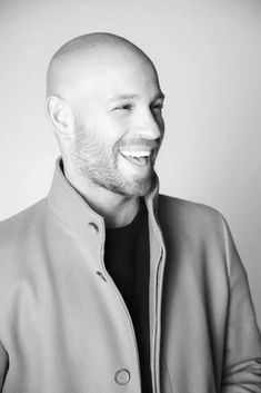 Bald Men With Beards, Bald With Beard, Bald Boy, Shaved Head With Beard, Bald Men Style, Handsome Bearded Men, Bald Hair, Haircuts For Men, Gorgeous Men
