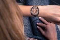 Strepik Clock Temporary Tattoo #strepik #clock #tattoo #t4aw