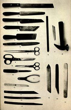 ferramentas de restauro de livros