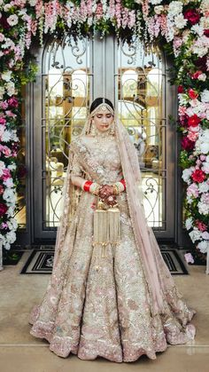 Rimple and Harpreet Wedding Attire South Asian Bride, Navroop, in this beautiful creation by Rimple and Harpreet. Gold tulle and Silk Lehenga. The lehenga features a melange o Indian Wedding Lehenga, Indian Bridal Lehenga, Pakistani Wedding Dresses, Punjabi Wedding, Gold Lehenga Bridal, Bridal Lenghas, Sabyasachi Lehenga Bridal, Latest Bridal Lehenga, Wedding Lehenga Designs