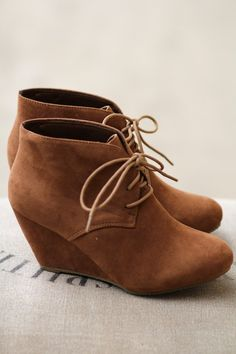 Strut It Out Camel Wedges wedges heels camel brown tan taupe booties shorties boots lace up slip on comfortable short easy to wear fashion shoes Pretty Shoes, Cute Shoes, Me Too Shoes, Dream Shoes, Crazy Shoes, Brown Wedges Outfit, Boot Wedges, Shoes Wedges Boots, Casual Styles