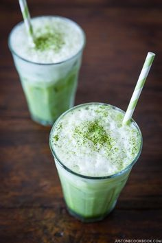 Iced Green Tea Latte | Easy Japanese Recipes at http://JustOneCookbook.com