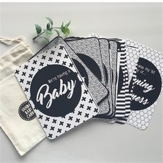 Pregnancy Milestone Cards | Black & White, FREE SHIPPING | Set of 30 Cards