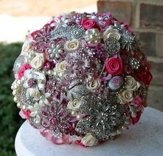 Wedding bouquet with jewelled brooches Bridal Bouquet Pink, Wedding Brooch Bouquets, Bridal Flowers, Boquet, Floral Bouquets, Dream Wedding, Wedding Things, Bling Wedding, Wedding Wishes