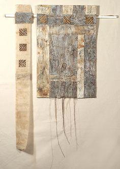 neutralnotes:  (via Maureen Shepherd - edge - textile artists scotland - gallery -) Maureen Shepherd