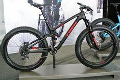 Trek Trek Farley EX: Full Suspension Fat Trail Bike with 27.5×3.8″ tires - neither the 27.5+ nor traditional fat bike classification. #trekbikesmountain