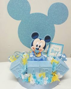 Baby Mickey Cake, Festa Mickey Baby, Minnie Mouse Theme Party, Mickey Mouse Birthday, Baby Shower Winter, Baby Shower Fun, Baby Shower Themes, Shower Ideas, Mickey Mouse Baby Shower