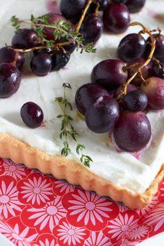 süsse Ziegenkäsetarte mit Weintrauben #ichbacksmir tastesheriff.com  #tarte