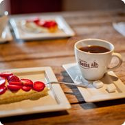 Barware, Waffles, Pottery, Breakfast, Food, Ceramica, Morning Coffee, Pottery Marks, Essen