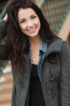 ((emily rudd)) Hey, I'm Lilly Forrest. I'm 19 trying to become a model here in NYC, but I also play the piano in case that gig doesn't work out. *laughs* Come say hey!