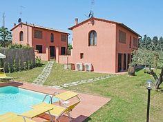 Villa i Montespertoli med 8 Soverom plass for 18 Personer Feriehus i Montespertoli fra @homeaway! #vacation #rental #travel #homeaway
