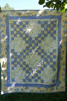 Quilts -- Double Irish Chain