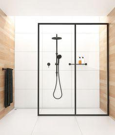 Glas en staal voor douche