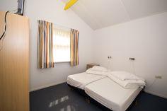 Bungalow 18 - Slaapkamer 2 - Klein Vaarwater Ameland #Ameland #vakantie #ontspannen #bungalow