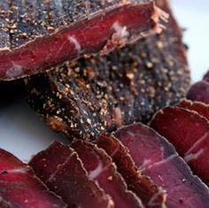 With the increased meat prices, biltong has become more of a delicacy than just a delicious snack these days. More and more biltong lovers have. Oxtail Recipes, Jerky Recipes, Meat Recipes, Snack Recipes, Cooking Recipes, Recipies, African Dessert, South African Recipes, Barbecue