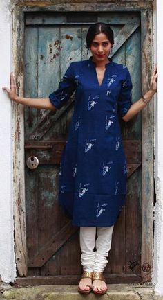 Indigo Singing in the Rain Mandarin V Neck Comfort Fit Kurta