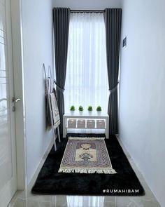 Home Decor Bedroom, Living Room Decor, Decoraciones Ramadan, Prayer Corner, Islamic Decor, Prayer Room, Home Room Design, House Rooms, Home Interior