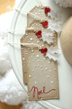 Christmas tags.  White holly leaves. Noel.