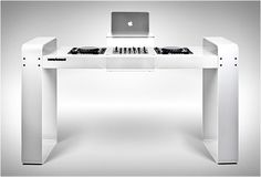 Now I just have to be a DJ | SPIN AGE DJ WORKSTATION | BY HOERBOARD