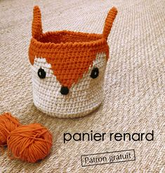and so what !: DIY panier renard so cute ! and so what !: DIY p. One Skein Crochet, Crochet Diy, Crochet Amigurumi, Crochet Pillow, Crochet Dolls, Crochet Clothes, Crochet Rugs, Crochet Rug Patterns, Crochet Cardigan Pattern