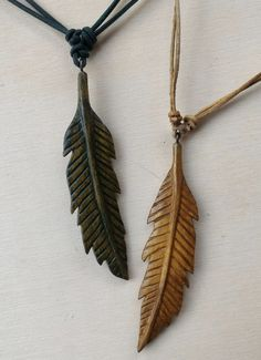 Necklace wood