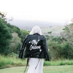 Mrs. leather jacket details //  @the_lane #thelanerealweddings by gypsetbride