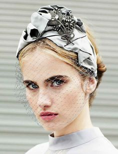 There is no other headpiece more glamorous than the turban and Jennifer Behr had endless ways of reacreating it. Head Accessories, Fashion Accessories, Fascinator Headband, Fascinators, Headpieces, Turban Headbands, Cocktail Hat, Hat Hairstyles, Up Girl
