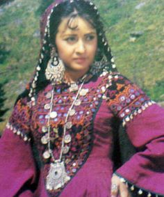 Kashmir, Traditional dress of Poonch by sheerazusk, via Flickr
