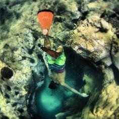 @natehphotos photo: Dives with da boys. @brian  #bigbeach #maui #hawaii #snorkle #caves #diving #spl_housings #nathanielharrington #canon #makenabeach