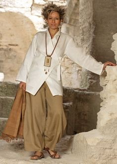 I want this entire outfit!!! Thick ecru linen breasted jacket 'Kimo' with havana linen trousers. Long linen pendant necklace with ethnic beads from Africa on leather cord