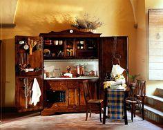 Cocina Charlotte orvieto   Material: Madera de Nogal   .Disponible en cocina de gas, con mesa, con electrodomesticos, campana extractora, horno y fregadero, es una practica y original solucion casas rurales, viviendas con aires de campo, pequenas residencias, o un capricho comprensible los amantes de lo poco comun. Incluye los accesorios, la pila, el revestimiento de la pared y la encimera. Realizada en madera de nogal. Impresionante.Cocina,orvieto,Charlotte,accesorios,Acabados,revestimi…