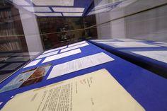 Das Gedächtnis der Stadt und ihre Geheimnisse - all das findet sich im Stadtarchiv München. Neben historischen Urkunden und Gedenkbüchern lagern dort auch Schätze wie die Heirats-und Scheidungsurkunde von Bert Brecht. Ein Besuch.